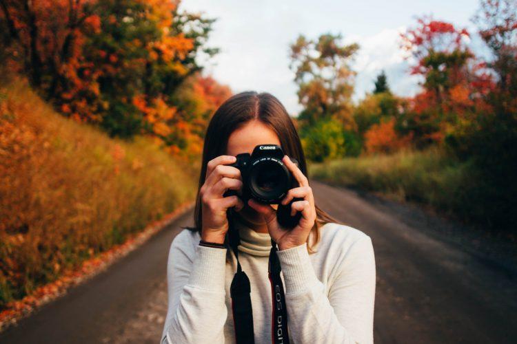 大切な写真を撮る人