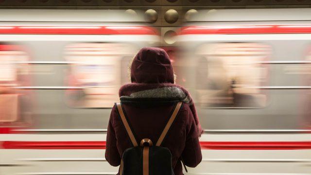 通勤電車にストレスを感じてる人