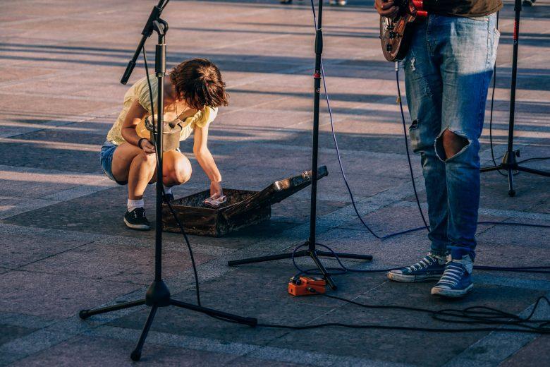 ストリートミュージシャンのファン