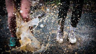 本気で走る人たちによる水しぶき