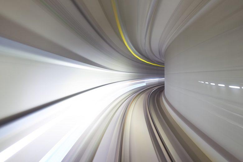 スピード感に溢れる映像