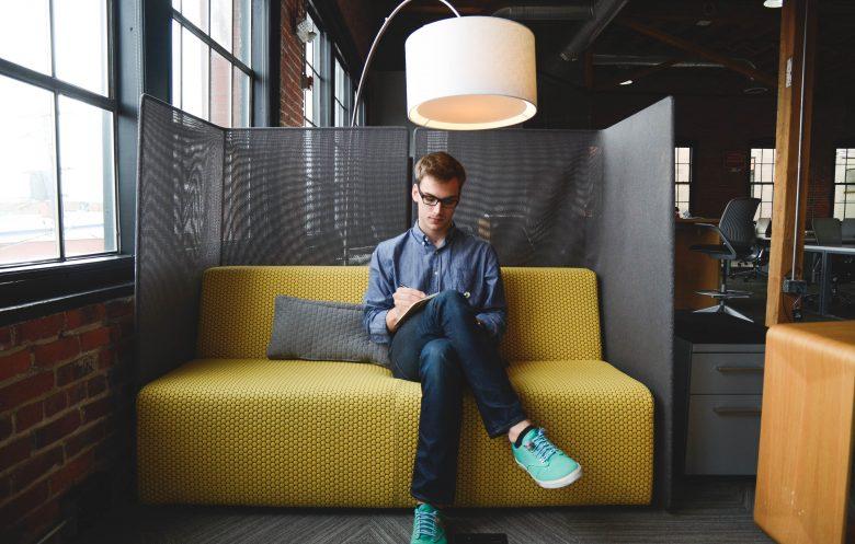 会社をつくろうか悩んでいる起業家