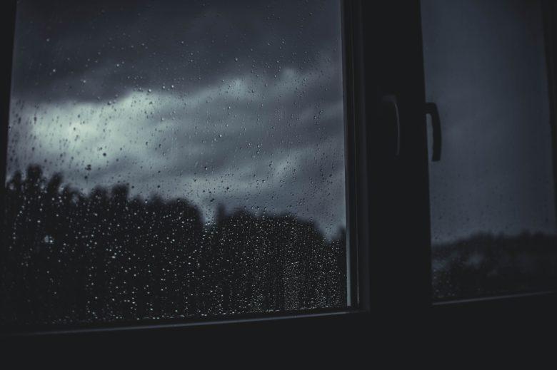 雨が降ったどんよりとした日